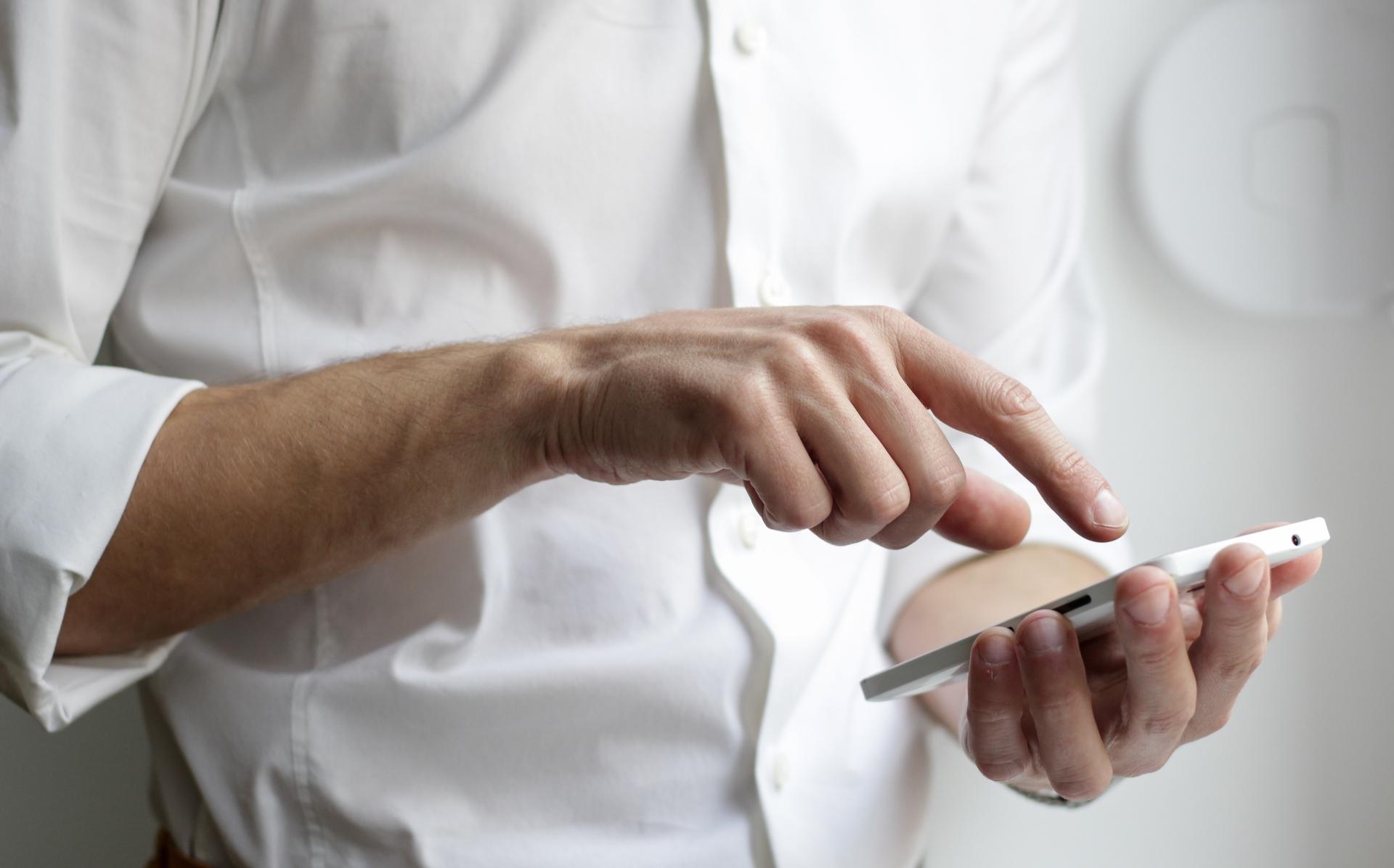 baltic-amadeus-sukurta-mobilioji-aplikacija-leis-valdyti-visas-mobiliojo-rysio-saskaitas-ir-paslaugas-telefone-24-7